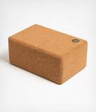 Manduka korkový jógový blok